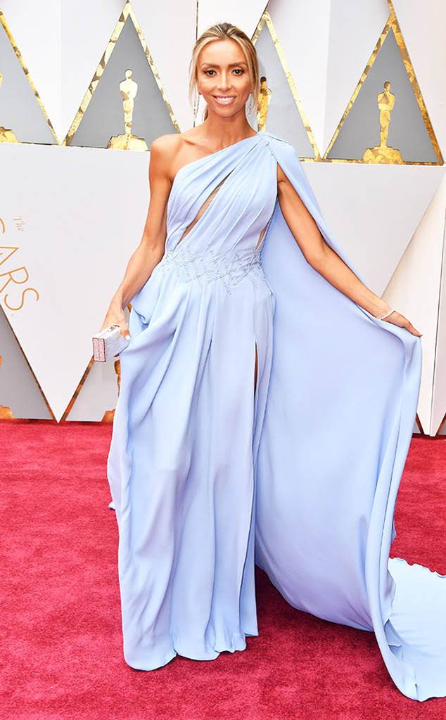 GIULIANA RANCIC'S FIRST STUNS IN BLUE GOWN BY GEORGES CHAKRA OFFICIAL OSCARS 2017 RED CARPET