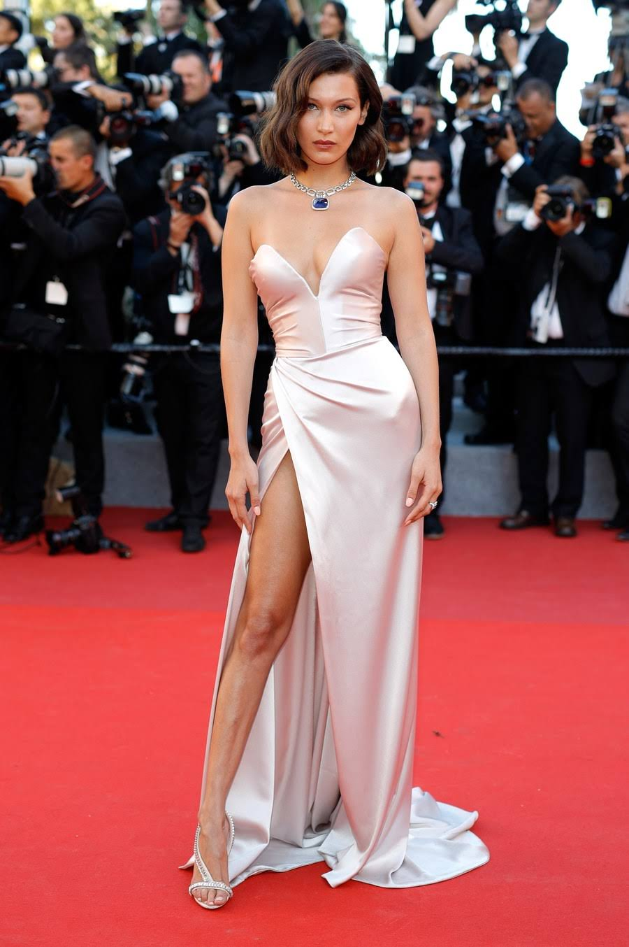 BELLA HADID SUFFERS TERRIBLE WARDROBE MALFUNCTION DURING CANNES FILM FESTIVAL 2017