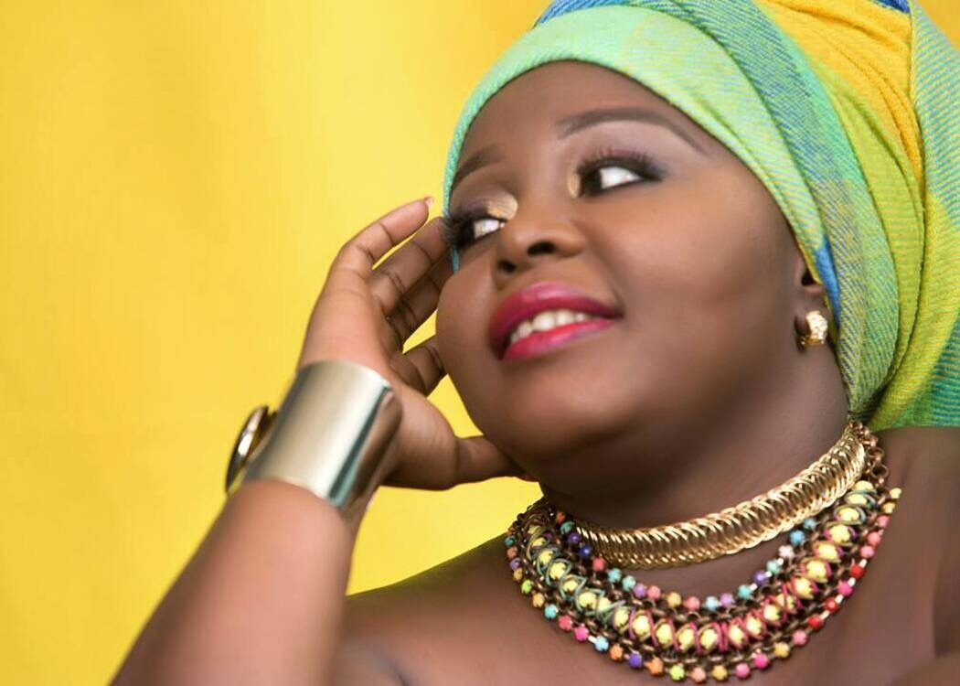 Nono Flavy Brings Music And Glamour On Set