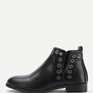 Grommet Design Block Heeled Boots
