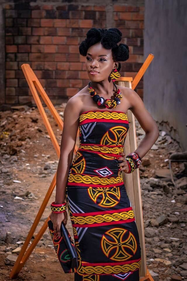 MIMI AKEH LOOKS LIKE A WAKANDA PRINCESS IN TOGHU PRINT FABRIC