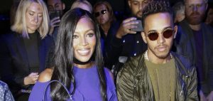 OMG NAOMI CAMPBELL AND LEWIS HAMILTON LOOK SO COOL AT VERSACE SHOW TOGETHER
