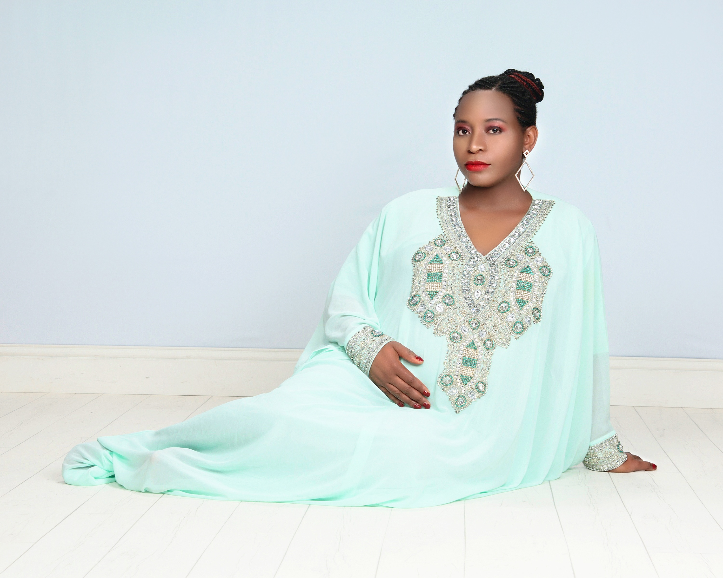 Myra Maimoh Glows In Stunning New Maternity Pictures