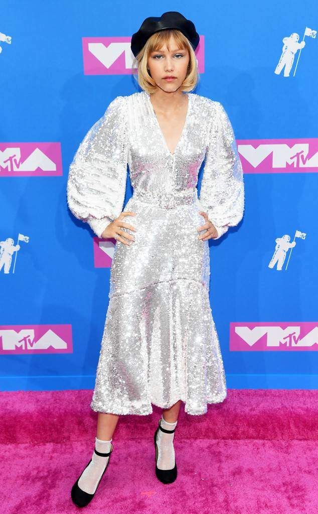 Mtv Vma 2018 Battle Of The Best White Outfits On The Red