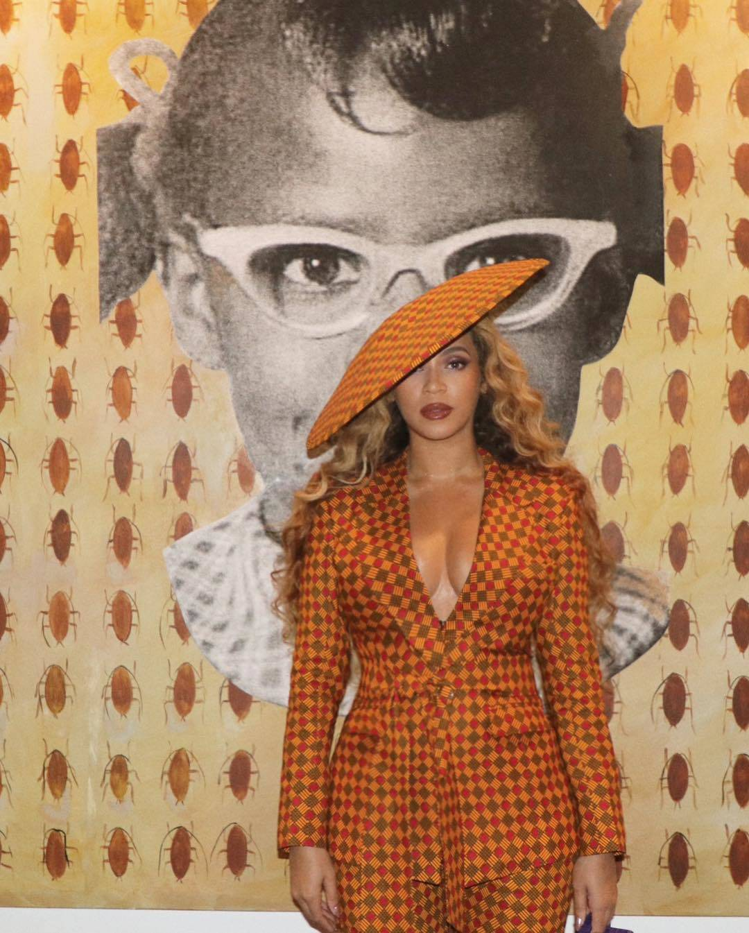 Beyoncé's Ankara Suit and hat