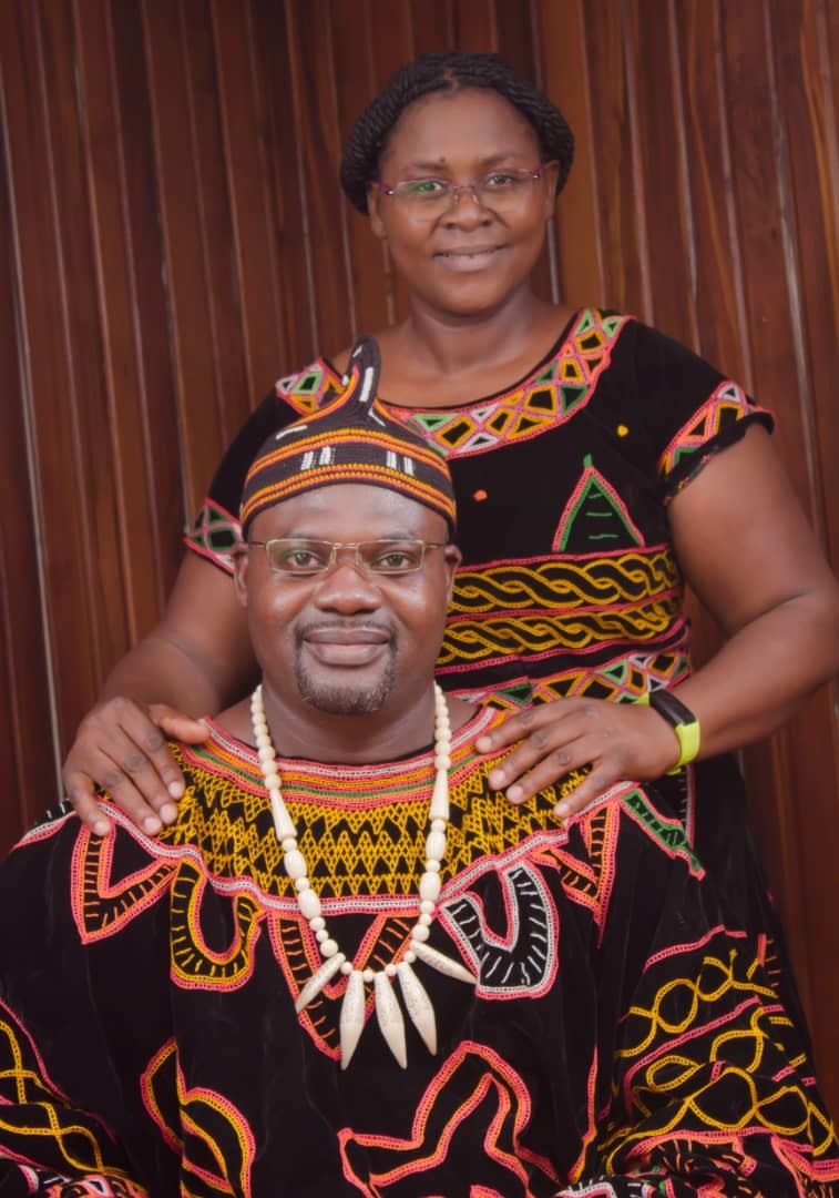 Toghu for Valentine's Day Outfit
